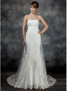 Trumpet/Mermaid Sweetheart Court Train Satin Tulle Wedding Dress With Ruffle Lace