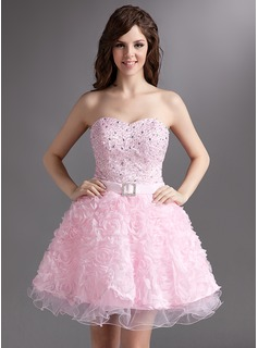 A-Line/Princess Sweetheart Short/Mini Satin Tulle Lace Homecoming Dress With Beading Flower(s)