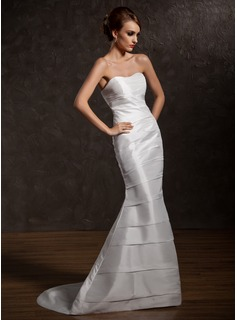 A-Line/Princess Sweetheart Sweep Train Taffeta Wedding Dress With Ruffle (002012571)
