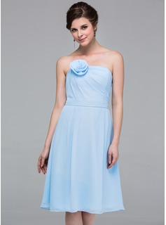 A-Line/Princess Strapless Knee-Length Chiffon Bridesmaid Dress With Ruffle Flower(s)