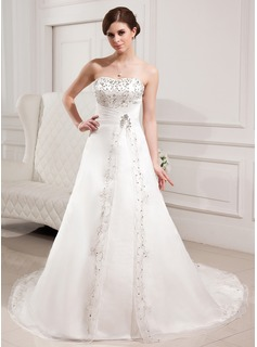 A-Line/Princess Sweetheart Chapel Train Organza Satin Wedding Dress With Embroidery Beading