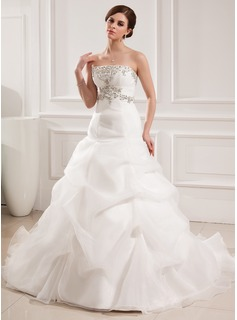 Ball-Gown Sweetheart Chapel Train Organza Satin Wedding Dress With Embroidered Ruffle Beading