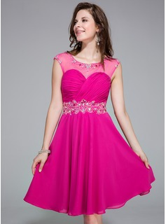 A-Line/Princess Scoop Neck Knee-Length Chiffon Tulle Homecoming Dress With Ruffle Beading