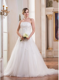 Ball-Gown Strapless Court Train Tulle Wedding Dress With Ruffle Lace Sequins