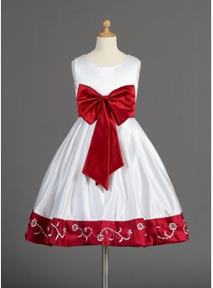 A-Line/Princess Scoop Neck Knee-Length Satin Flower Girl Dress With Embroidered Sash Beading Bow(s)