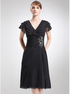 A-Line/Princess V-neck Knee-Length Chiffon Mother of the Bride Dress With Ruffle Beading