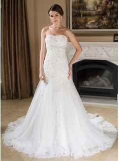 A-Line/Princess Sweetheart Chapel Train Satin Tulle Wedding Dress With Lace Beading Sequins
