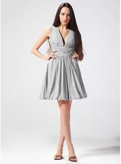 Sheath V-neck Short/Mini Chiffon Holiday Dress With Ruffle Beading (020003333)