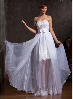 A-Line/Princess Sweetheart Floor-Length Organza Satin Prom Dress With Lace Beading Bow(s)