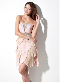A-Line/Princess Scalloped Neck Short/Mini Chiffon Homecoming Dress With Beading Pleated