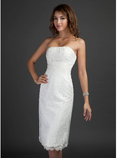 Sheath Strapless Knee-Length Lace Homecoming Dress With Beading (022015364)