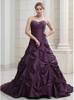 Ball-Gown Sweetheart Chapel Train Taffeta Wedding Dress With Ruffle Beadwork