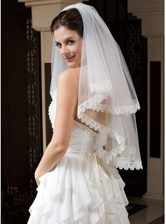 Two-tier Elbow Bridal Veils With Lace Applique Edge