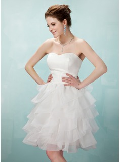 A-Line/Princess Sweetheart Knee-Length Organza Satin Homecoming Dress With Cascading Ruffles