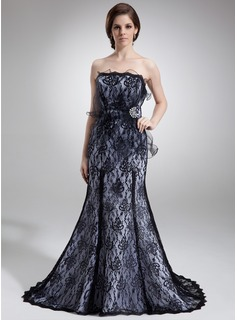 Trumpet/Mermaid Strapless Sweep Train Tulle Charmeuse Lace Mother of the Bride Dress With Beading Cascading Ruffles