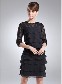 Sheath Scoop Neck Knee-Length Chiffon Mother of the Bride Dress With Lace (008005930)