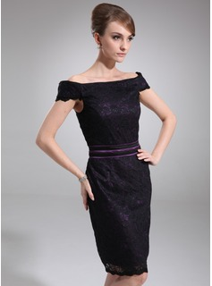 Sheath Off-the-Shoulder Knee-Length Lace Mother of the Bride Dress With Lace (008006436)