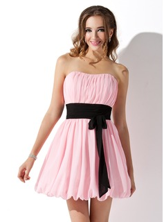 Empire Sweetheart Short/Mini Chiffon Homecoming Dress With Ruffle Sash