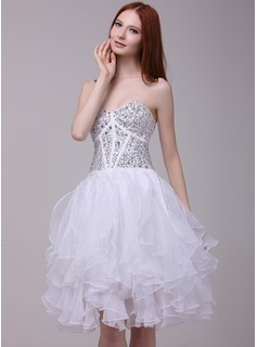 A-Line/Princess Sweetheart Knee-Length Organza Charmeuse Cocktail Dress With Beading