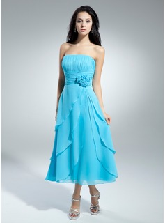 A-Line/Princess Strapless Tea-Length Chiffon Homecoming Dress With Ruffle Flower(s)