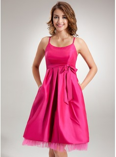 Empire Scoop Neck Knee-Length Taffeta Tulle Maternity Bridesmaid Dress With Ruffle