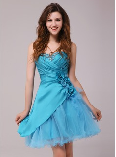 A-Line/Princess Sweetheart Knee-Length Taffeta Tulle Cocktail Dress With Ruffle Beading Flower(s) (016013972)