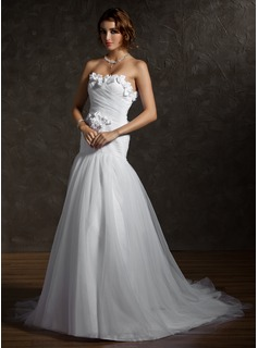 A-Line/Princess Sweetheart Chapel Train Satin Tulle Wedding Dress With Ruffle Flower(s) Bow(s)