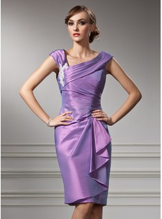 Sheath/Column Off-the-Shoulder Knee-Length Taffeta Mother of the Bride Dress With Appliques Cascading Ruffles (008005949)