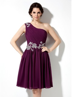 A-Line/Princess One-Shoulder Knee-Length Chiffon Homecoming Dress With Ruffle Lace Beading Sequins