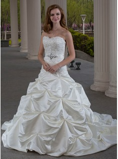 Ball-Gown Sweetheart Chapel Train Satin Wedding Dress With Ruffle Lace Beadwork (002000432)