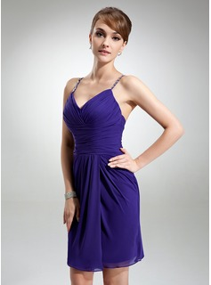 Sheath V-neck Knee-Length Chiffon Cocktail Dress With Ruffle Beading (016021157)