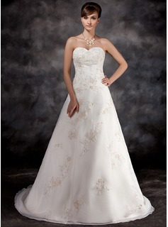 A-Line/Princess Sweetheart Court Train Organza Charmeuse Wedding Dress With Lace Beadwork