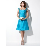 A-Line/Princess Off-the-Shoulder Knee-Length Taffeta Bridesmaid Dress With Ruffle Beading (007001040)