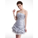 Sheath Strapless Short/Mini Taffeta Tulle Homecoming Dress With Ruffle Beading (022021048)