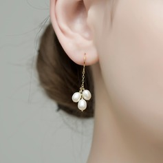 Beautiful Gold Plated Pearl Women's Fashion Earrings