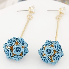 Unique Alloy With Zircon Ladies' Fashion Earrings