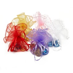 Simple Organza Favor Bags With Ribbons