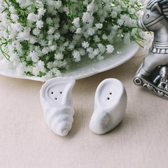 Conch Design Ceramic Salt & Pepper Shakers
