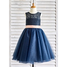 Ball Gown Knee-length Flower Girl Dress - Satin/Tulle/Lace Sleeveless Scoop Neck With Bow(s)/Back Hole