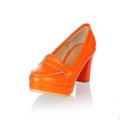 Patent Leather Chunky Heel Closed Toe Platform Pumps (085025201)
