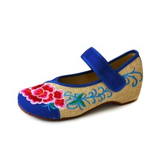 Women's Cloth Flat Heel Flats Closed Toe With Applique Velcro shoes