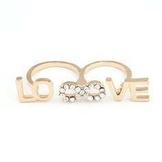 Chic Alloy With Rhinestone Ladies' Fashion Rings