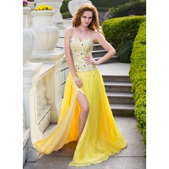 A-Line/Princess Sweetheart Sweep Train Chiffon Prom Dress With Beading Split Front
