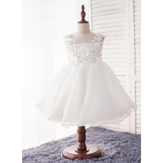 Ball Gown Knee-length Flower Girl Dress - Polyester Sleeveless Scoop Neck With Beading/Flower(s)/Bow(s)