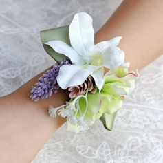 Pretty Free-Form Satin/Ribbon Wrist Corsage
