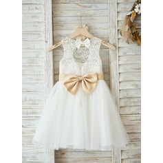 A-Line/Princess Knee-length Flower Girl Dress - Satin/Tulle/Lace Sleeveless Scoop Neck With Sash/Bow(s)/Back Hole (010090576)