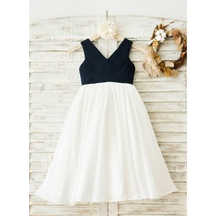 A-Line/Princess Tea-length Flower Girl Dress - Chiffon Sleeveless V-neck With Pleated