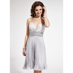 Empire Sweetheart Knee-Length Charmeuse Homecoming Dress With Beading Pleated