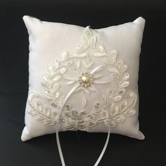 Beautiful Ring Pillow in Satin/Lace With Ribbons/Faux Pearl