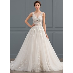 Ball-Gown Scoop Neck Chapel Train Tulle Wedding Dress (002134394)